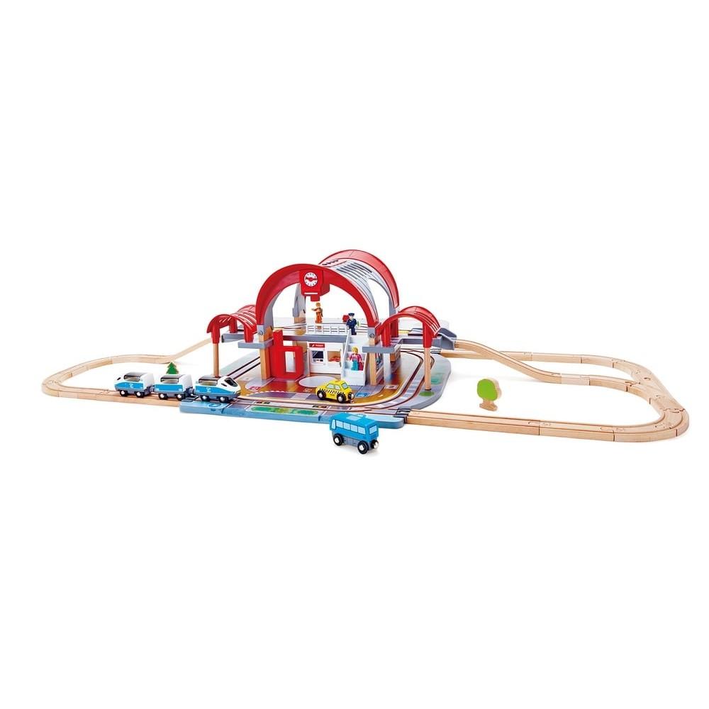 Circuit de train en bois - Gare TGV